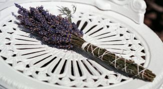 Aromatherapy as an alternative method of treatment