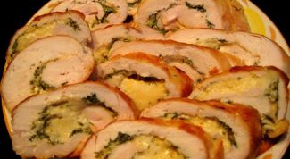 Chicken roulade stuffed with Parmesan and Apple