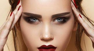 Fashion trends makeup