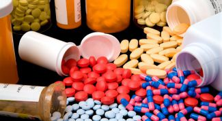 Antibiotics: benefits and harms