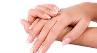 Как ухаживать за руками в холод?