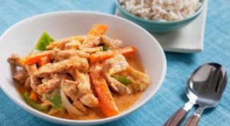 Pork in Thai spicy sauce