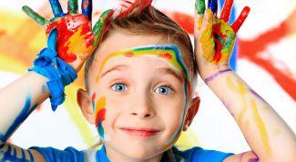 5 подручных материалов для рисования с малышом