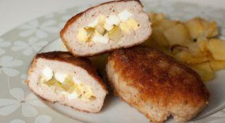Зразы из свинины с яйцом
