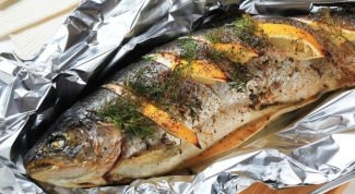 Stuffed with cheese and garlic mackerel