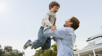 How to raise children? The strictness or permissiveness