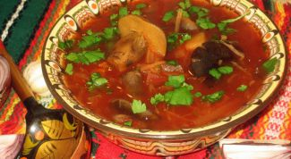 How to cook vegetable soup with mushrooms