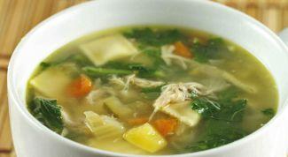 Говяжий суп со шпинатом и щавелем