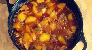Картошка с мясом и вешенками