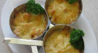 Julienne with salmon and shrimp