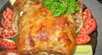 Фаршированная рисом и кукурузой курица