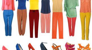 Все о сочетании цветов и оттенков в одежде