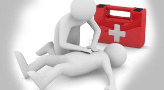 Как оказать детям первую помощь, не навредив