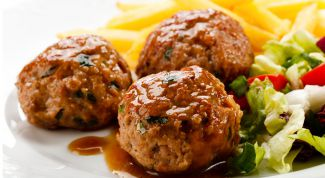 Meatballs of pork with rice