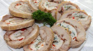 Куриные рулеты с сыром и чесноком