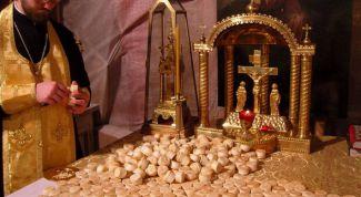 Обязательно ли заказывать сорокоуст по умершему в семи храмах