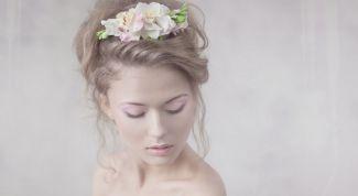 Как можно красиво украсить волосы