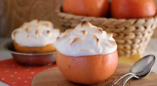 Десерт с апельсином и меренгой