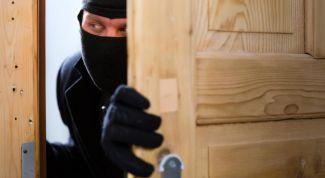Как защитить жилье от краж