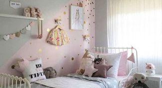 Как оформить комнату для маленькой девочки