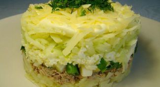 Салат со скумбрией слоями