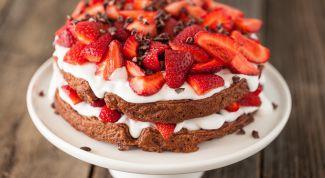 Как сделать торт с клубникой