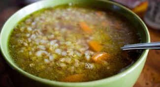 Buckwheat soup with pork bone