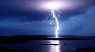 Как уберечься от удара молнии