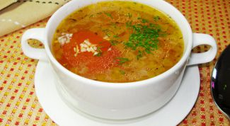 Суп на говяжьем бульоне с рисом