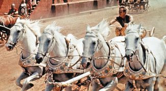 Древние игры: состязание на колесницах