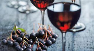 Вкусное и простое вино из черноплодной рябины