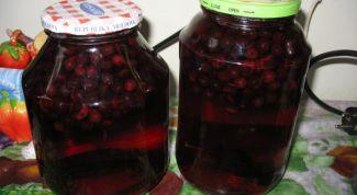Как закатать компот из черноплодной рябины на зиму
