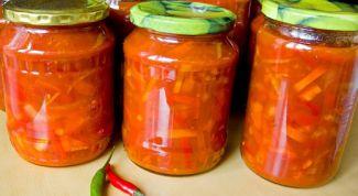 Простой салат из болгарского перца и моркови на зиму