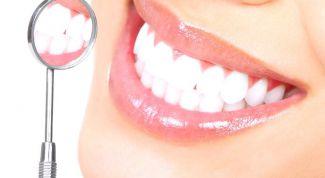 Отбеливаем зубы подручными средствами