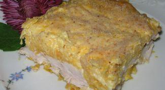 Запеканка с куриным мясом и тыквой под сыром