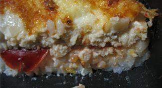 Рисовая запеканка с морским окунем и томатами