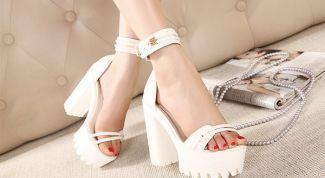Летняя обувь на толстом каблуке