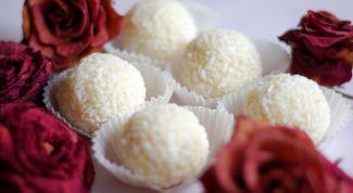 """Как просто приготовить конфеты """"рафаэлло"""" дома"""