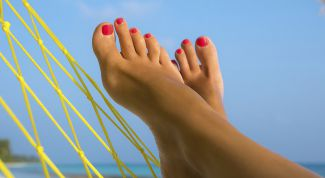 Причины появления косточек на больших пальцах ног, возможно ли эффективное лечение