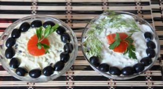 Как приготовить салат с копченой курицей, грибами и сыром