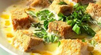 Как приготовить сырный суп с гренками