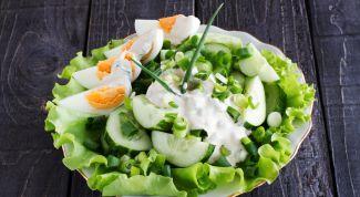 Как приготовить диетический салат с курицей
