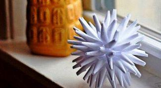 Как сделать объемную снежинку из бумаги пошагово