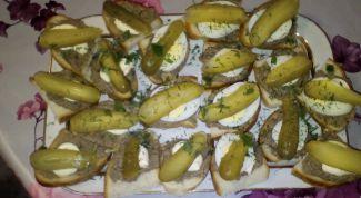 Как сделать многослойные бутерброды с паштетом