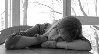 Как поднять настроение своей девушке: семь способов