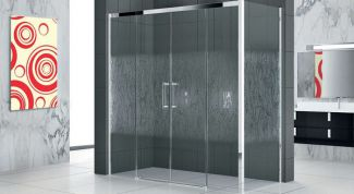 Душевое ограждение из стекла для ванной