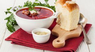 Как приготовить вкусный украинский борщ с пампушками