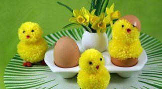 Как сделать пасхальные поделки: цыплята из помпонов, голубки из фетра и пасхальное дерево
