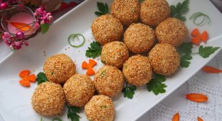 Как приготовить салатные шарики «А-ля Мимоза» в кунжуте