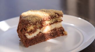 Как приготовить шоколадный торт с белковым суфле